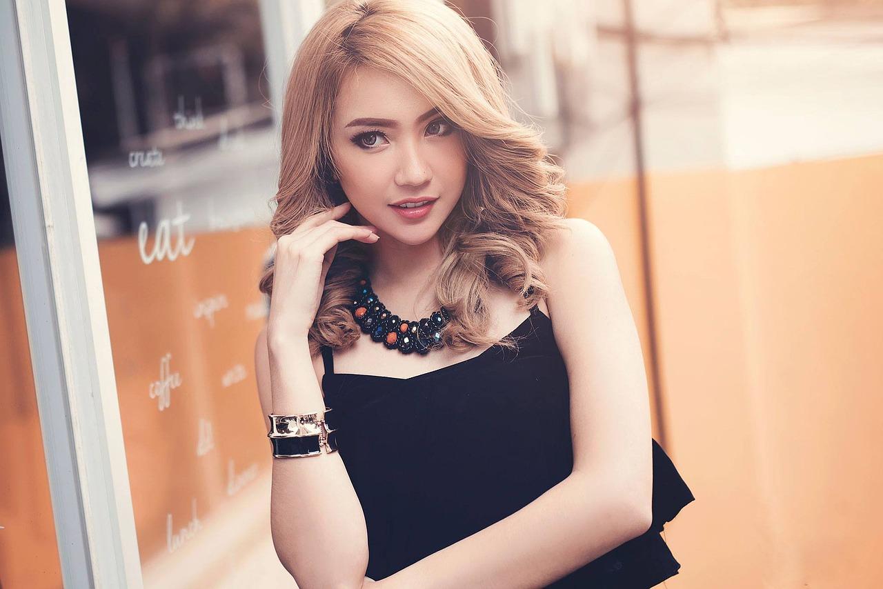 hot Thai girl